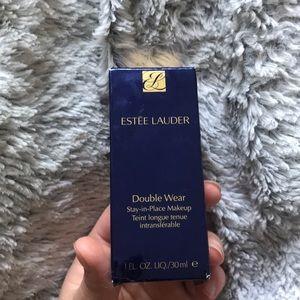 Other - Estee Lauder double wear foundation in Ecru